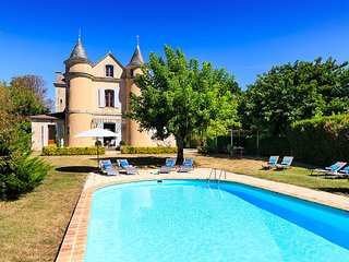 5 bedroom Villa in Escassefort, Nouvelle-Aquitaine, France : ref 5621232