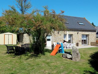 3 bedroom Villa in Plouhinec, Brittany, France : ref 5650430