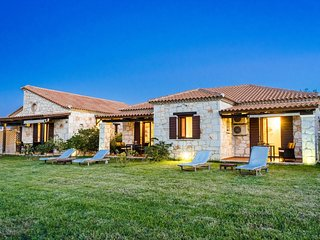 1 bedroom Villa in Psarou, Ionian Islands, Greece : ref 5680752