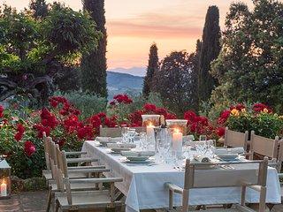 7 bedroom Villa in Castellinuzza, Tuscany, Italy : ref 5621392
