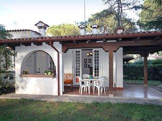 2 bedroom Villa in Lignano Riviera, Friuli Venezia Giulia, Italy : ref 5680844