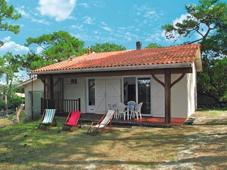2 bedroom Villa in Lacanau-Ocean, Nouvelle-Aquitaine, France : ref 5638197