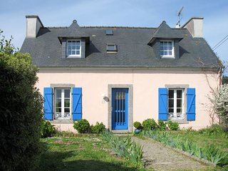 3 bedroom Villa in Lagatjar, Brittany, France : ref 5650195