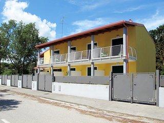 2 bedroom Villa in Taglio della Falce, Emilia-Romagna, Italy - 5682899