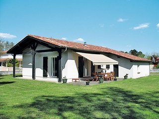 3 bedroom Villa in Mezos, Nouvelle-Aquitaine, France : ref 5650530