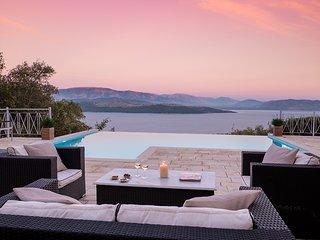 5 bedroom Villa in Agios Stefanos Sinion, Ionian Islands, Greece : ref 5621259