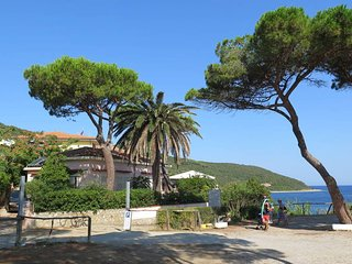 2 bedroom Apartment in Cavo, Tuscany, Italy : ref 5437725
