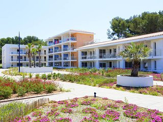 1 bedroom Apartment in Saint-Elme, Provence-Alpes-Cote d'Azur, France : ref 5681
