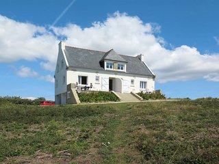 2 bedroom Villa in Raguénez, Brittany, France : ref 5653361