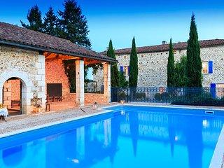5 bedroom Villa in Vouthon, Nouvelle-Aquitaine, France : ref 5621234