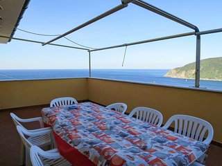 3 bedroom Apartment in Moneglia, Liguria, Italy : ref 5681175