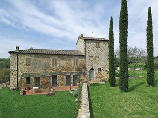 2 bedroom Apartment in San Gimignanello, Tuscany, Italy : ref 5681342