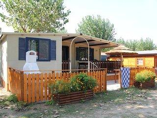 2 bedroom Apartment in Lido DI Dante, Emilia-Romagna, Italy : ref 5680841