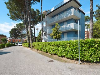 2 bedroom Apartment in Bibione Pineda, Veneto, Italy : ref 5638586