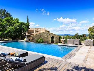 5 bedroom Villa in Coustellet, Provence-Alpes-Cote d'Azur, France : ref 5621222