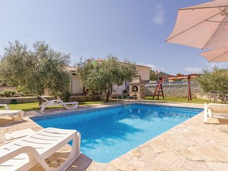 2 bedroom Villa in Rebići, Istria, Croatia : ref 5564087