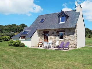 2 bedroom Villa in Tal-ar-Groas, Brittany, France : ref 5652949