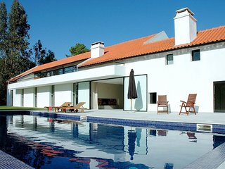 8 bedroom Villa in Sesimbra, Setubal, Portugal : ref 5681227