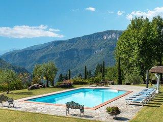 5 bedroom Villa in San Romano, Tuscany, Italy : ref 5621400