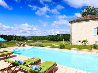 5 bedroom Villa in Combet, Nouvelle-Aquitaine, France : ref 5621237