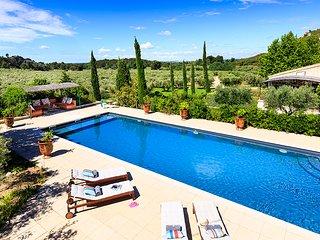 5 bedroom Villa in Les Flechons, Provence-Alpes-Cote d'Azur, France : ref 562121