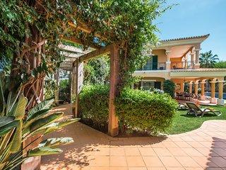 Vale do Lobo Villa Sleeps 8 with Pool Air Con and WiFi - 5480069