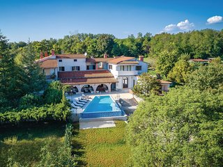 5 bedroom Villa in Ruhci, Istria, Croatia : ref 5680902