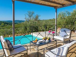Casanova d'Ama Villa Sleeps 2 with Pool and Air Con - 5621385