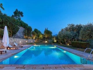 4 bedroom Villa in Keramoutsion, Crete, Greece : ref 5680968