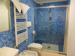 Salvo Marina Apartment Sleeps 4 with Pool Air Con and Free WiFi - 5055028