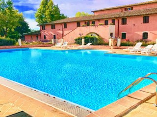 Mulino Lusso/Exc pool/Sleeps 24/28/Breakfast inc in rate/Spoleto 10 km/Rome 1 hr