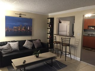 Modern 7/3 Triplex near Midtown Miami and Beaches