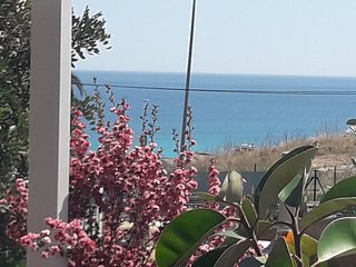 2 BEDROOM APP RENOVATED. WITH SEAVIEW AND swimminpool / altea /CASA FLEUR