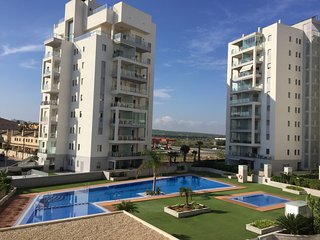 Luxe appartement 2C, Torrevieja La Mata, 50m from the sea