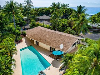 HEEIA BAY HALE! BEAUTIFUL HOME IN KEAUHOU WITH LARGE POOL SLEEPS 8