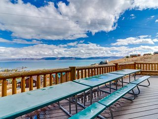 NEW LISTING! Rustic Bear Lake cabin w/endless views, shared hot tub/pool/tennis