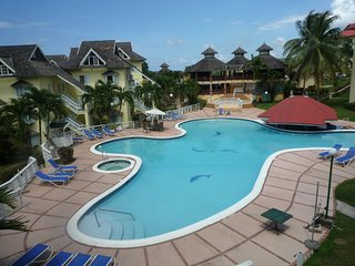 1 Bed apartment, Crane Ridge Resort, pool, tennis courts, Ocho Rios