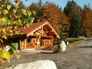 912. Superbe chalet rondins 10/12p, 140m², 4ch