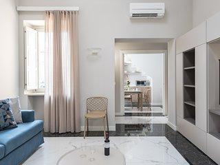 Riva Apartment with balcony