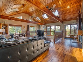 Main House at Miller Beach Dream Retreat