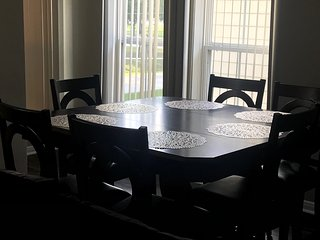 Wow! 2 Bedroom House - King Bed - 10 mins from IAH