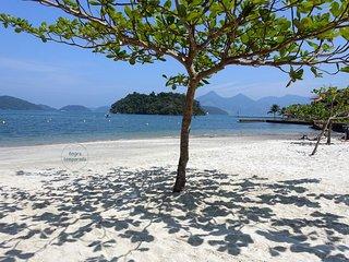 Confortável AP em condomínio com 3 praias em Angra dos Reis