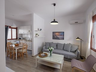 Stylish 2-bed Apartment Near Rhodes Old Town