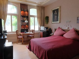 Parkzijde Bed & Breakfast - The Park Room