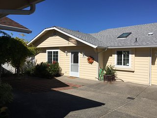 Sheri's Cottages LLC/ 2048 Hubbard Lane, Grants Pass, OR. 97527