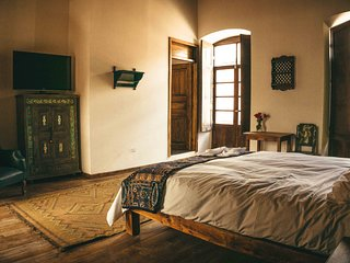 Hotel Casa Alquimia. beautiful rooms in Quito Historic center