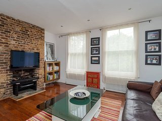 Charming 1 bed in West Kensington