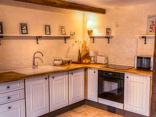 Farm Cottage; Charming & Cosy