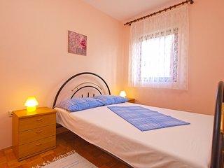 Apartment 12519