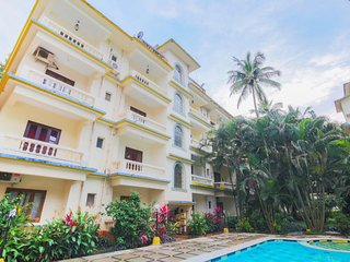 Chic 1 BHK with a pool, near Calangute Beach